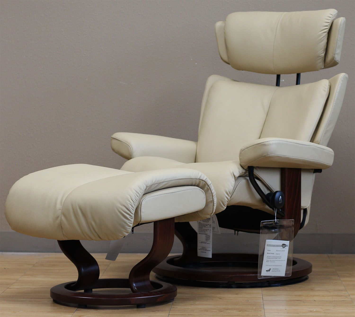 stressless-magic-paloma-camel-leather-chair