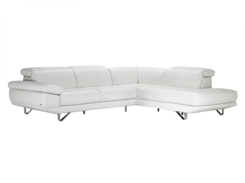 Natuzzi Editions B766 Sectional Set
